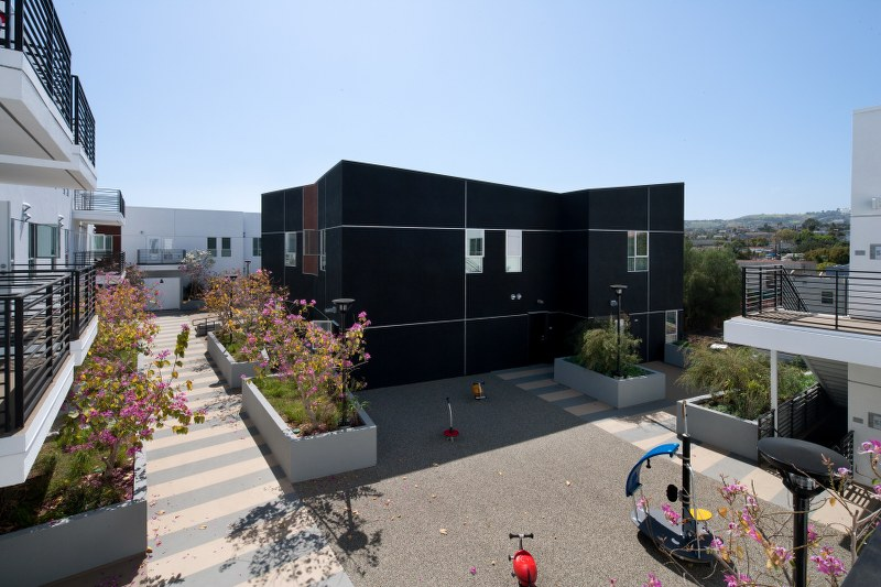Pacific Avenue Arts Colony Exterior View5